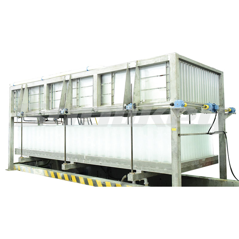 Containerized direct-cooling block ice machine
